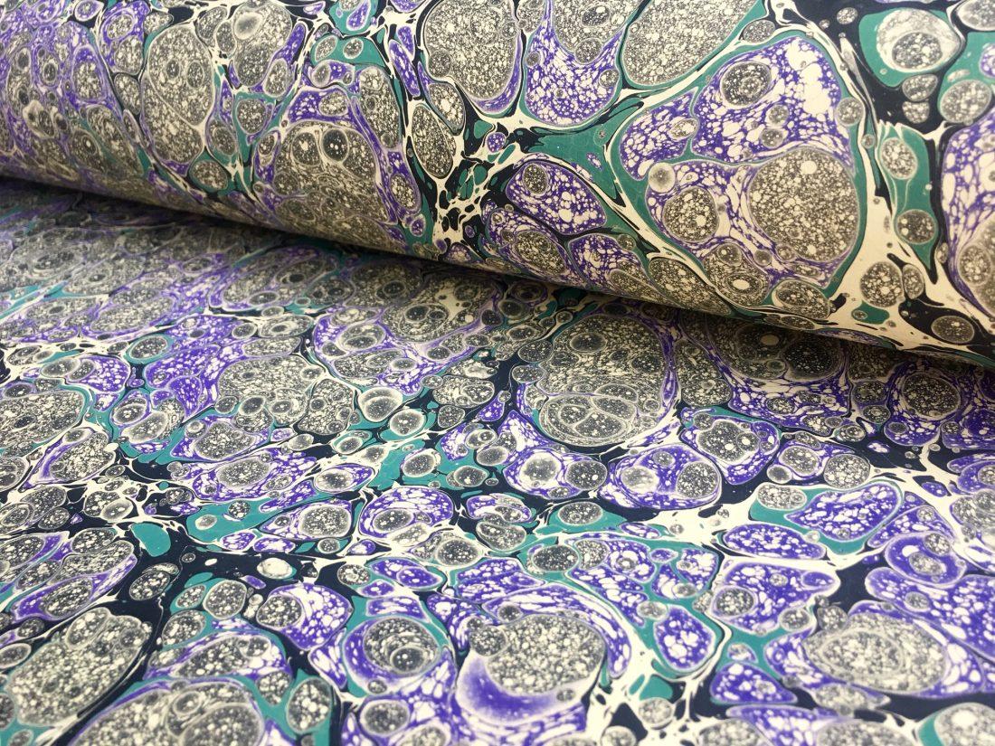 Rankų darbo marmurinis popierius Stormont | Hand marbled paper Stormont